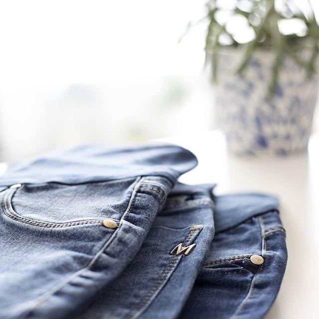 jeans pretina elastica para embarazadas Maa Maternity invierno 2019