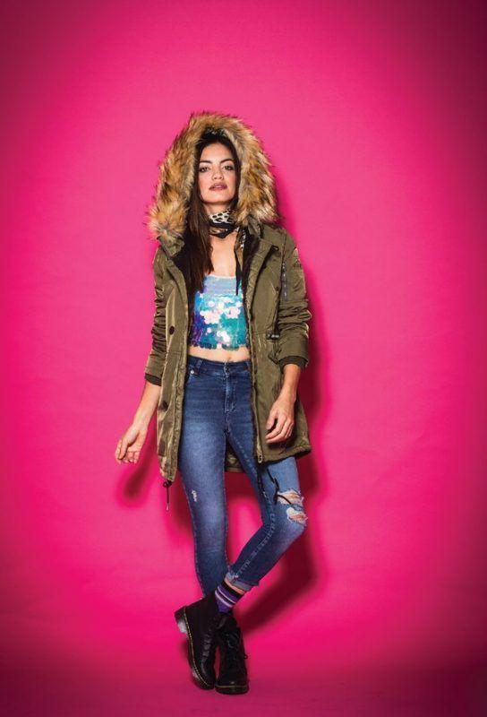 look con parka mujer y jeans Tabatha Jeans invierno 2019