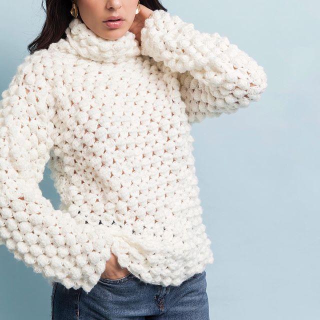 polera blanca Florencia Llompart tejidos invierno 2019