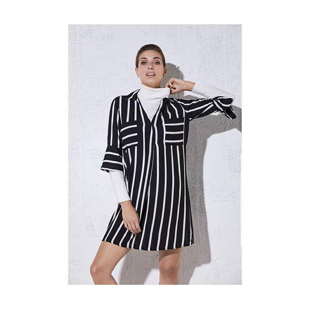vestido camisero a rayas Ted Bodin invierno 2019