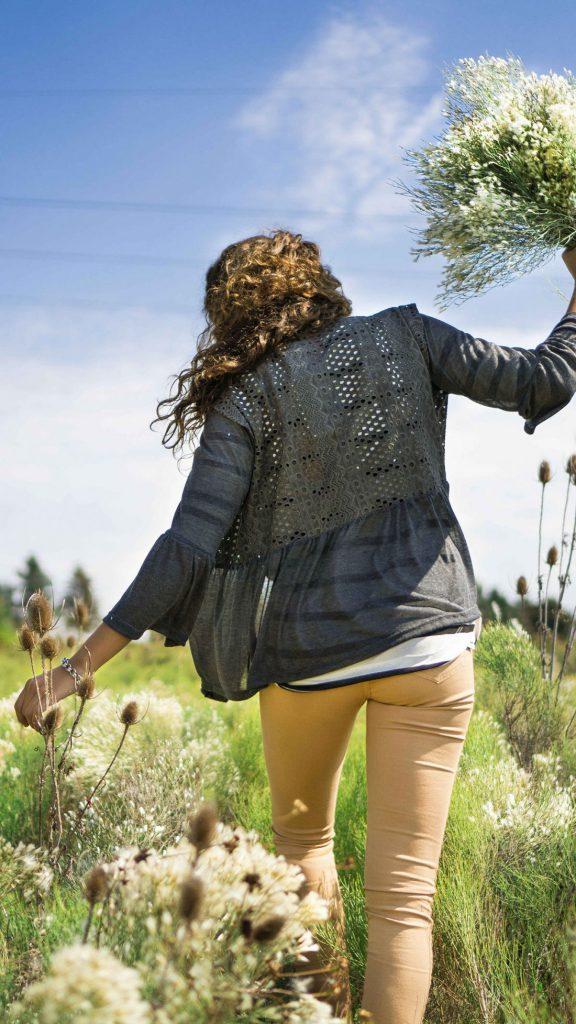 camisa broderie y jeans nude las taguas invierno 2019