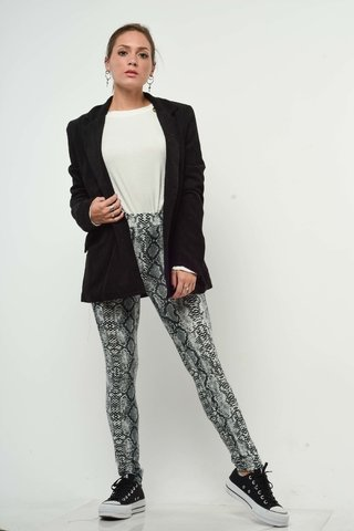 look casual con pantalon animal print arizona invierno 2019
