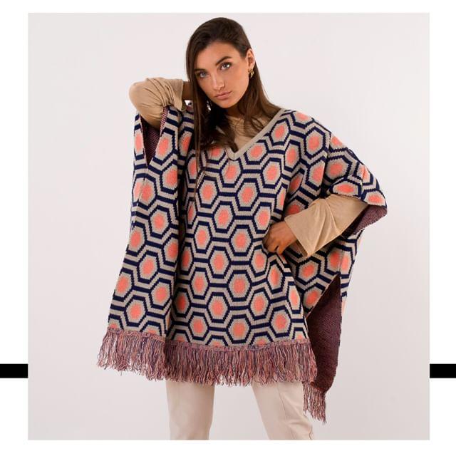 poncho lana mujer Agustina Sar invierno 2019