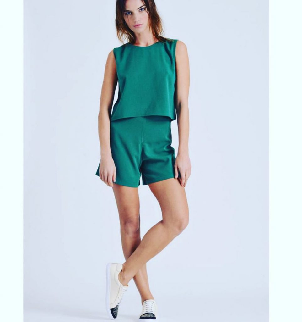 Short mas top de saten verde verano 2020 Pura Pampa