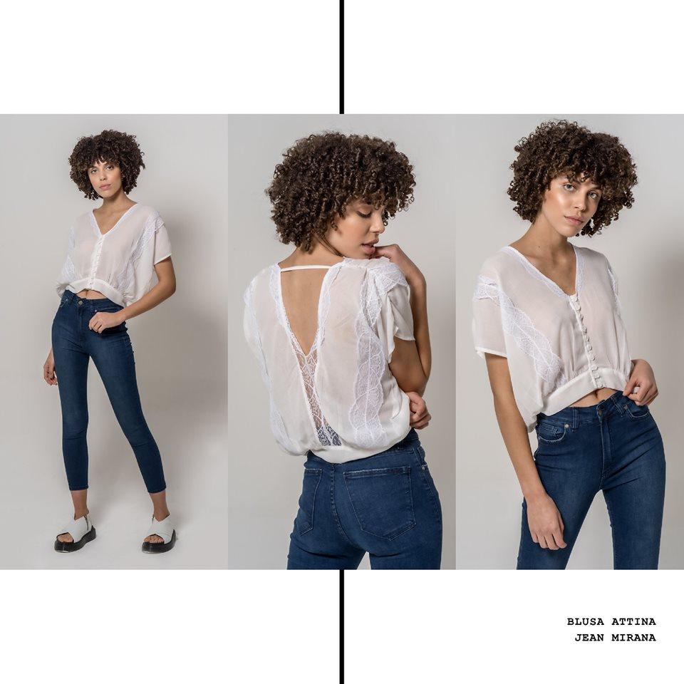 blusa top con puntillas y jeans chupin La cofradia verano 2020