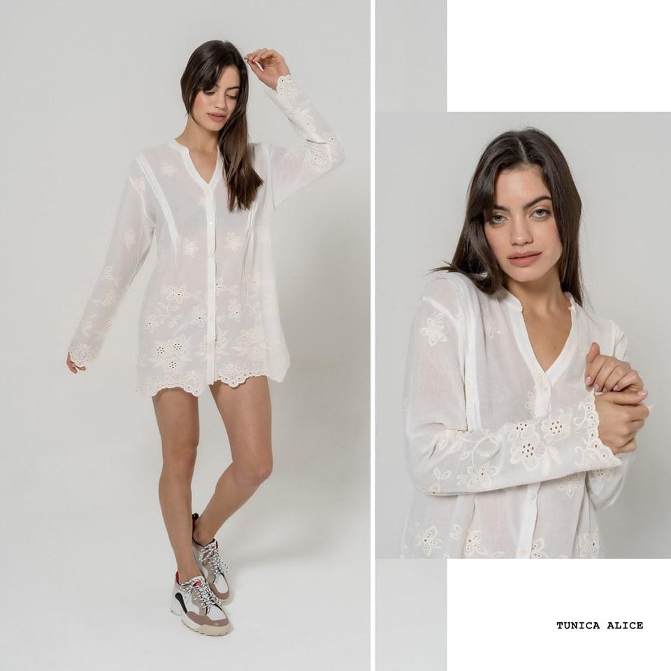 camisa blanca con bordados calados La cofradia verano 2020