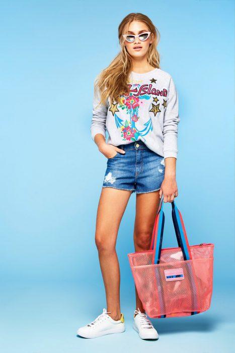 buzo algodon con impresiones juveniles mujer Agustina Saquer primavera verano 2020