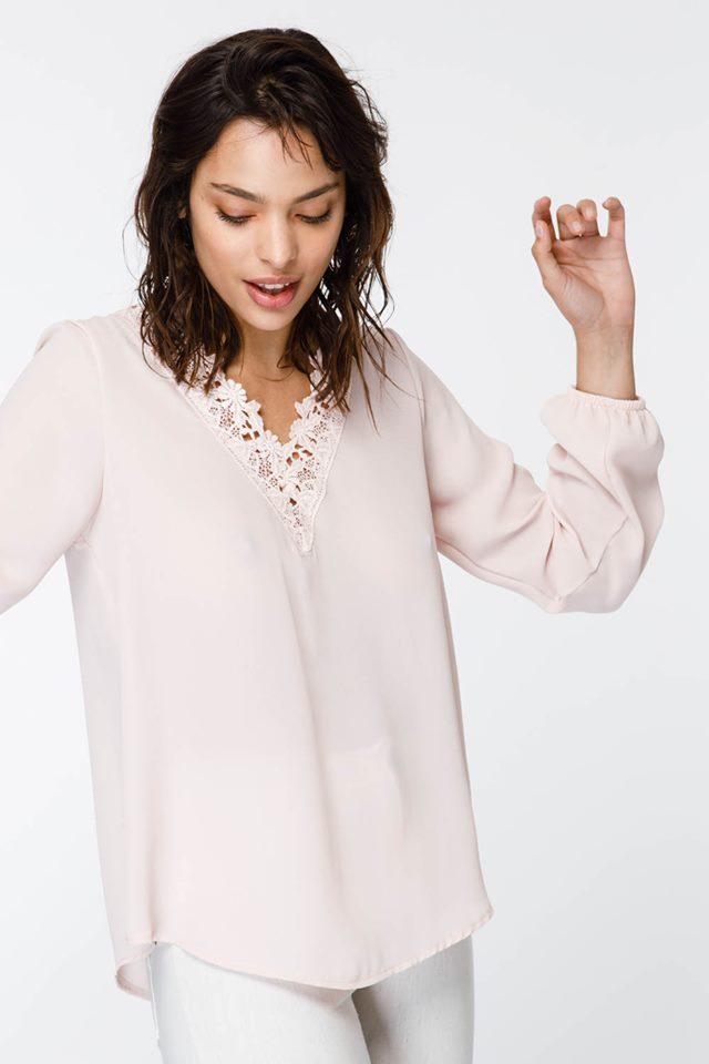 camisola rosa con broderie verano 2020 Sans Doute