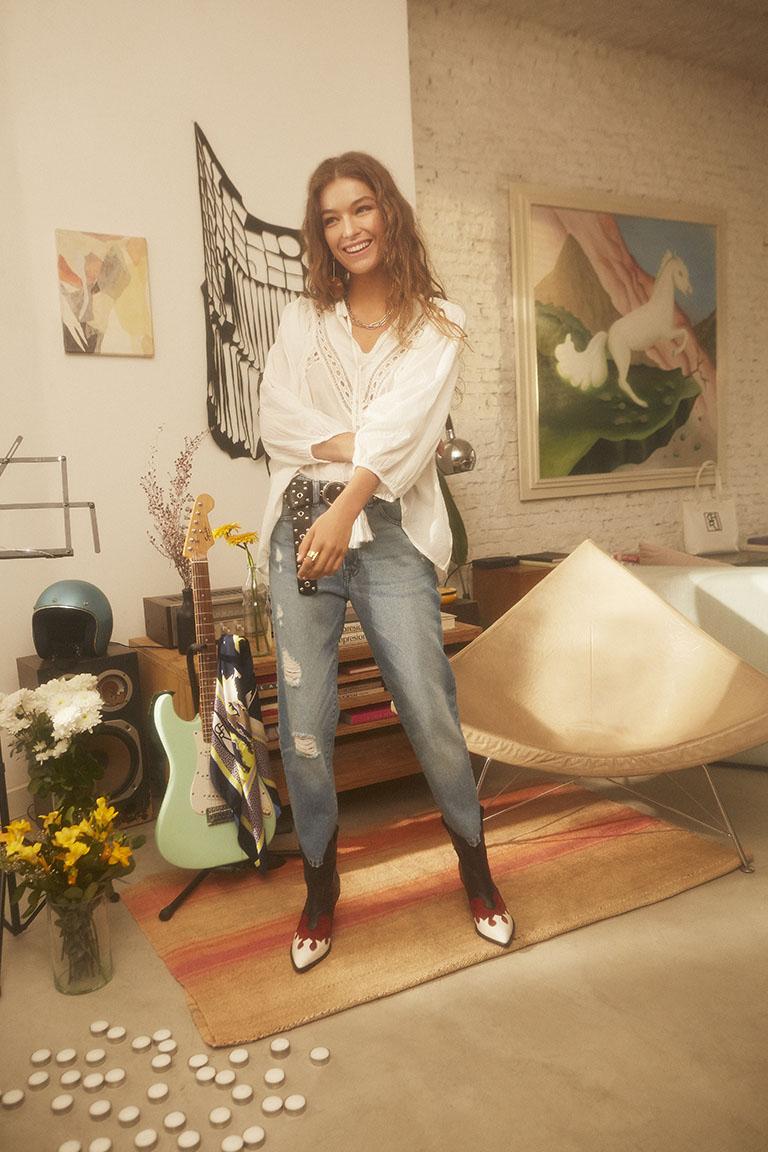 Look Casul Con Jeans Rotos Maria Cher Looks De Moda Para Mujer Verano 2020 Notilook Moda Argentina