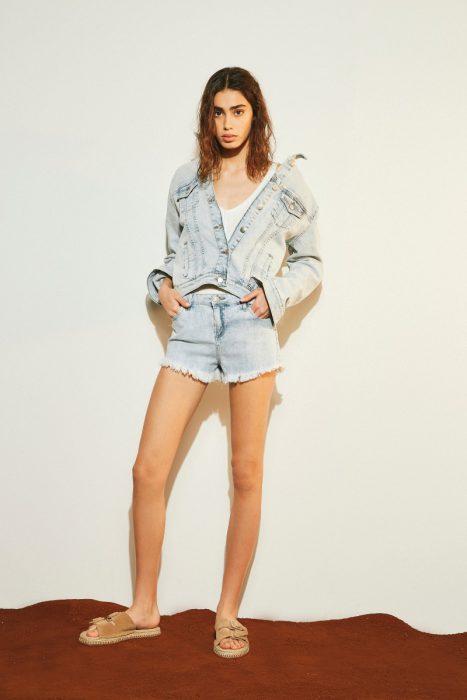 look en jeans verano 2020 Delucca