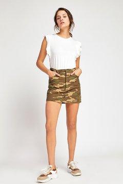 minifalda camuflada vesna verano 2020