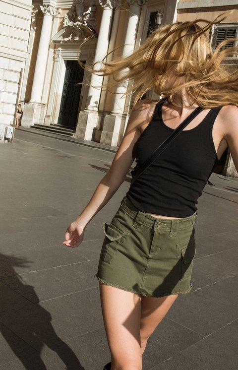 minifalda jeans verde Lovely denim verano 2020