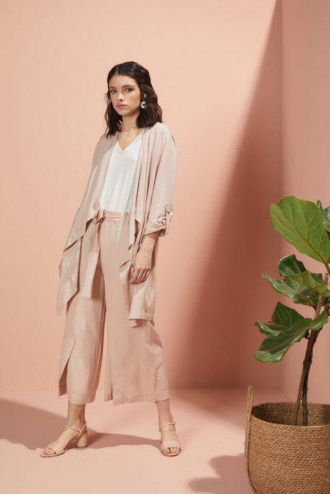 pantalon ancho con tajo pantacort Edel Erra verano 2020