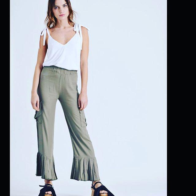 pantalones con volados Pura pampa verano 2020