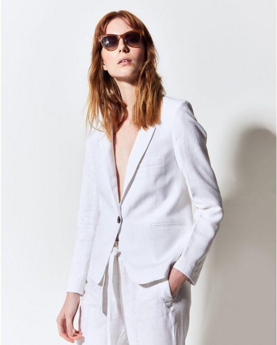 traje blanco de lino moderno verano 2020 Portsaid