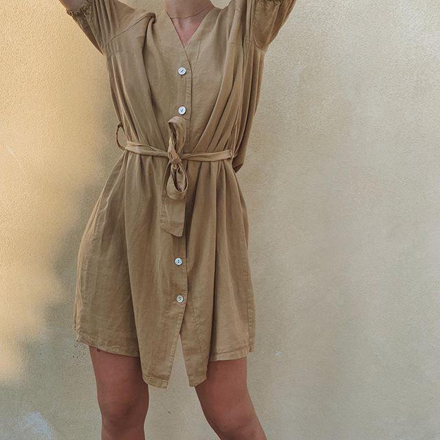 vestido corto camisero de lino piccolo verano 2020