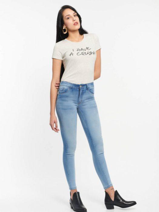 Af jeans desgastados verano 2020