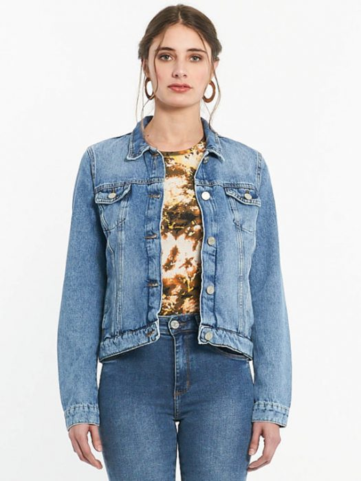 Af jeans pantalon y campera con remera batik verano 2020