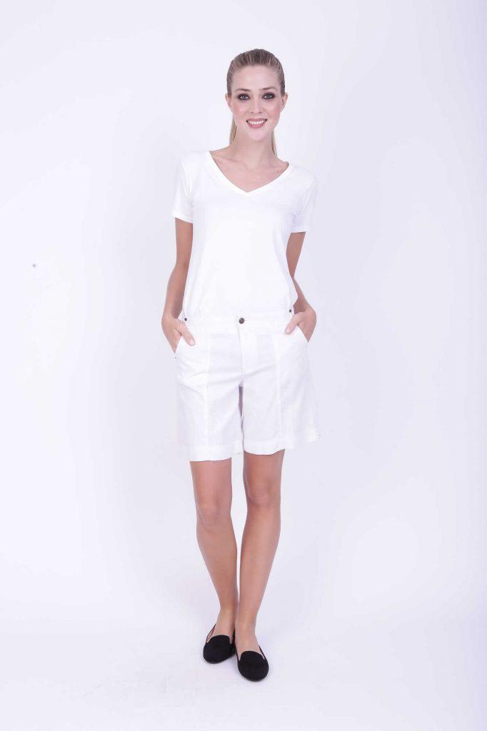bermuda gabardina blanca para señoras verano 2020 Adriana Costantini