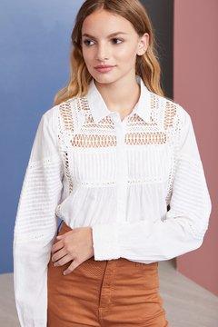 blusa blanca calada primavera verano 2020 Vero Alfie