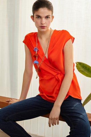blusa cruzada naranja Carmela Achaval verano 2020