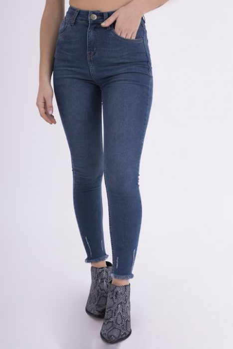 jeans chupin ruedo desflecado Clan Issime verano 2020