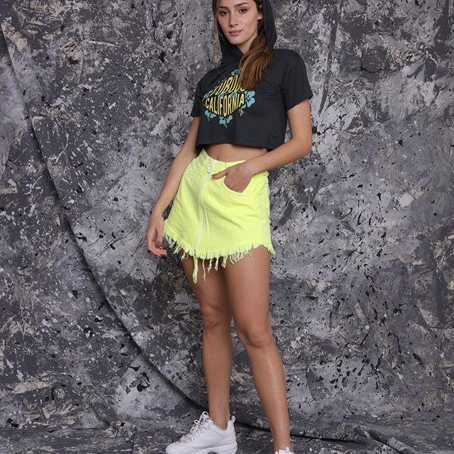 minifalda jeans neon Tuboos verano 2020