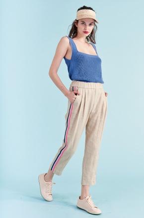 pantalones casual plisados Benito Fernandez verano 2020