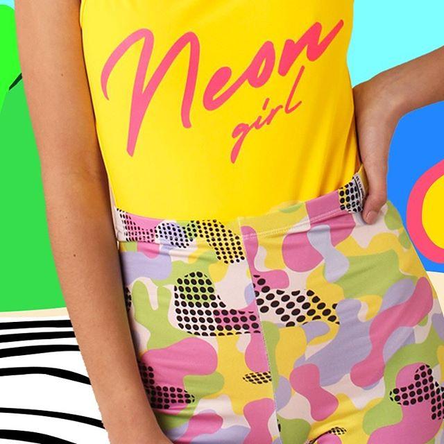 short batik neon Te lo Juro verano 2020