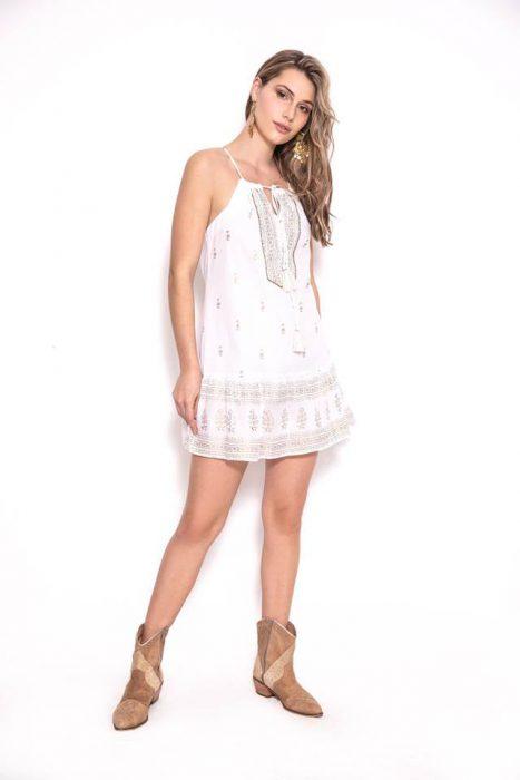 vestido corto urbano bordado hippi chic sophya verano 2020