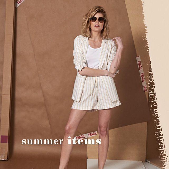 conjunto blazer y short verano 2020 Wupper jeans