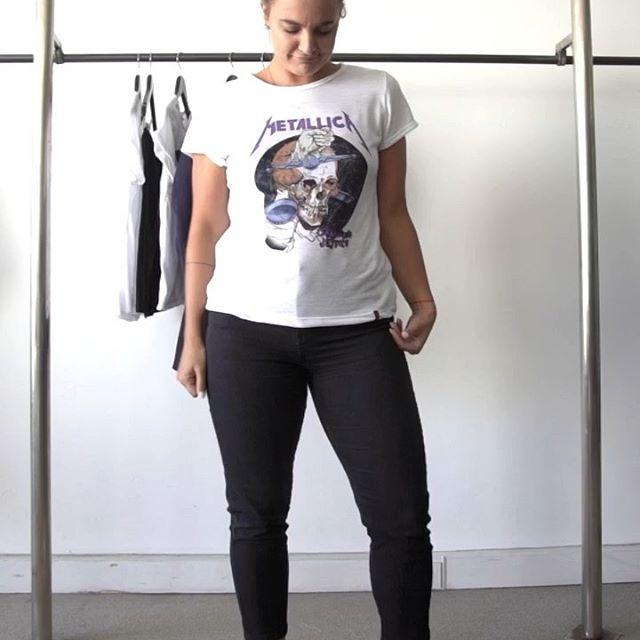 look basico con chupin y remera casual Desvio jeans verano 2020