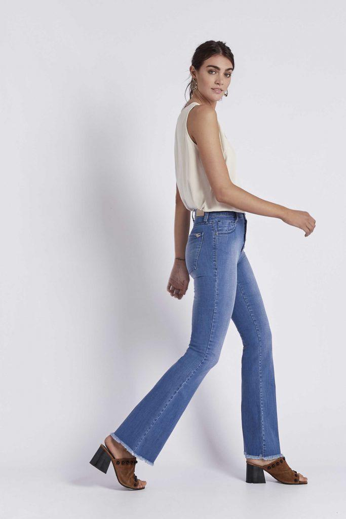 oxford con ruedo desflecado Viga Jeans verano 2020