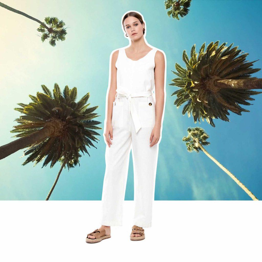 pantalon blanco y musuclosa melocoton verano 2020