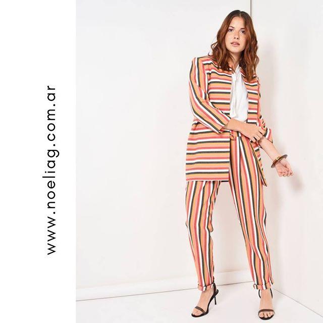 saco y pantalones a rayas Noelia G verano 2020