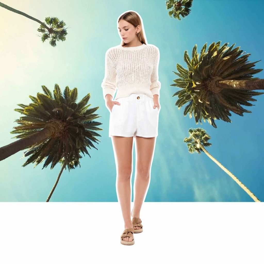 sweater blanco calado y shortMelocoton verano 2020