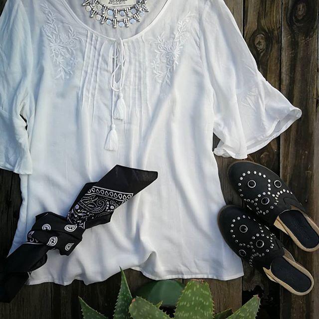 camisolas blancas Las taguas verano 2020