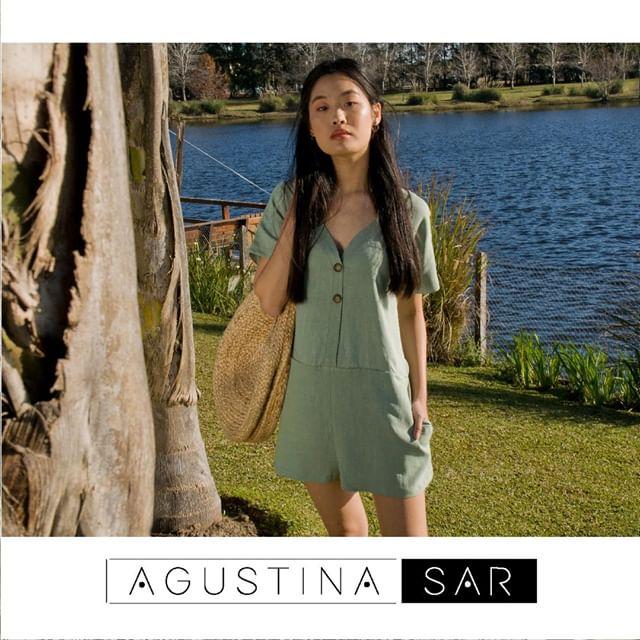 enterizo corto de lino Agustina Sar verano 2020