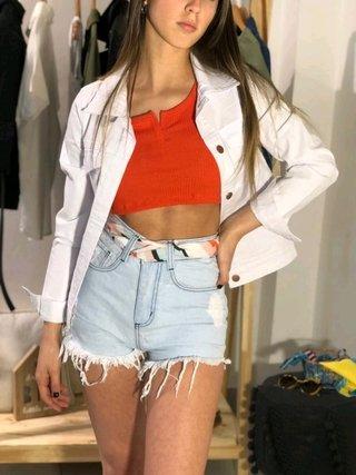 short de jeans top y campera Estilo ambar verano 2020