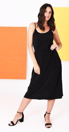 verano 2020 las iulas vestido negro urbano