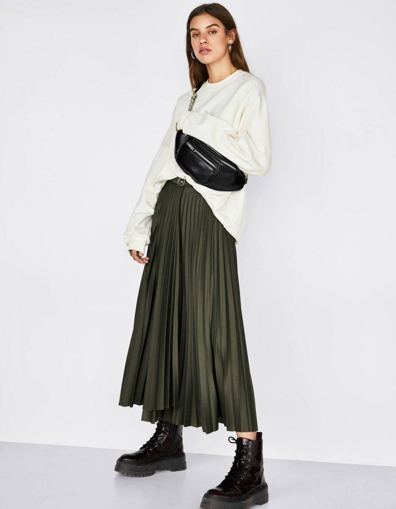 falda midi plisada verde militar invierno 2020