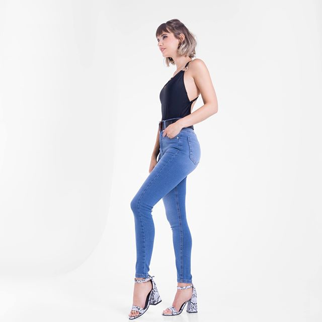 Vertu Jeans chupin tiro alto otoño invierno 2020