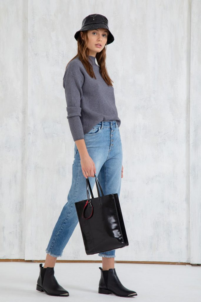 botinetas chatas jeans y sweaters Uma invierno 2020
