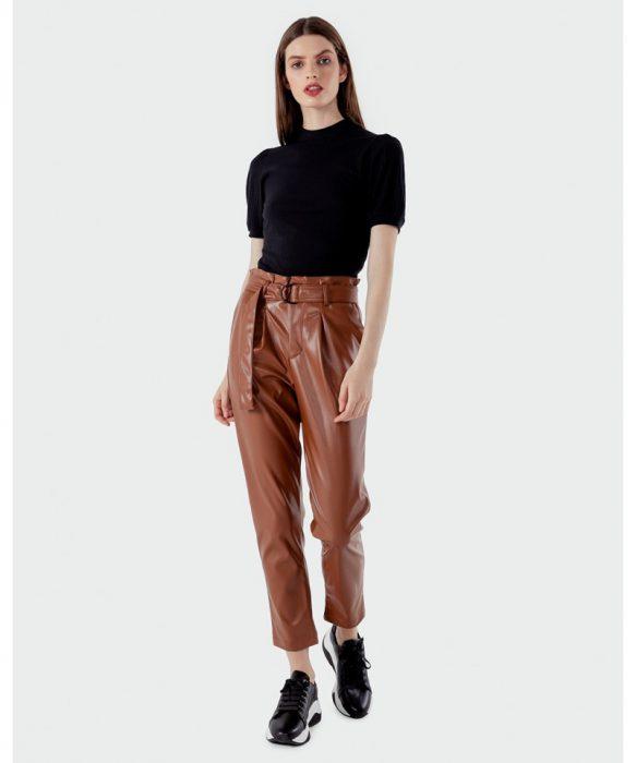 pantalon de cuero marron Kosiuko otoño invierno 2020