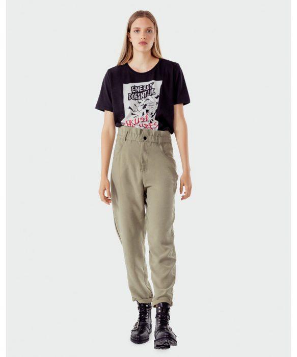 pantalon estilo cargo con borcegos Kosiuko otoño invierno 2020