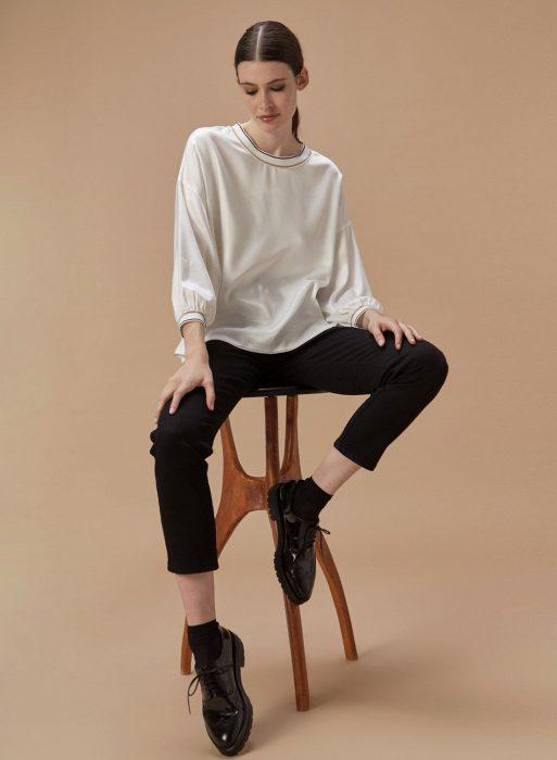 blusa de seda blanca Etiqueta negra mujer invierno 2020
