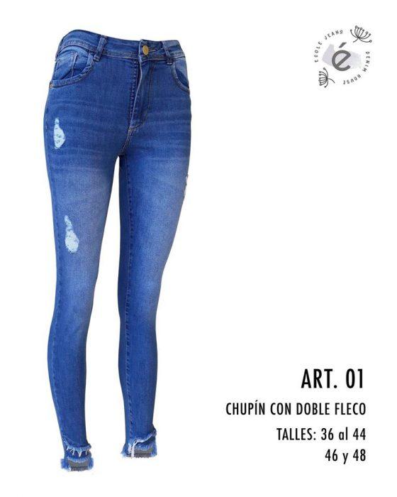 jeans chupin con roturas Ecole otoño invierno 2020