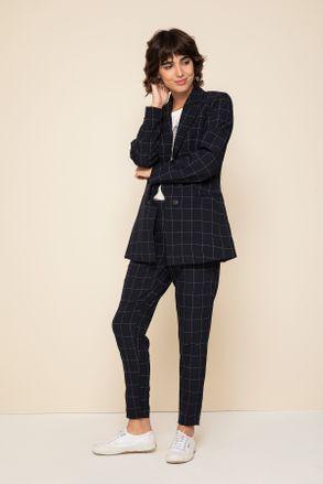 look casual con traje mujer Yagmour otoño invierno 2020