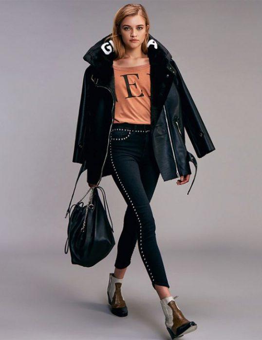 look urbano jeans con tachas Ginebra invierno 2020
