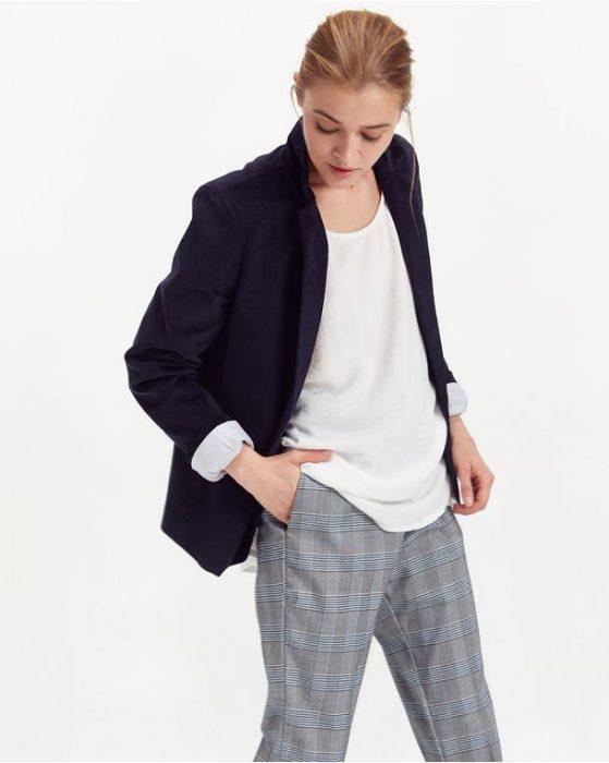 pantalon a cuadros y blazer para señoras invierno 2020 PORTSAID